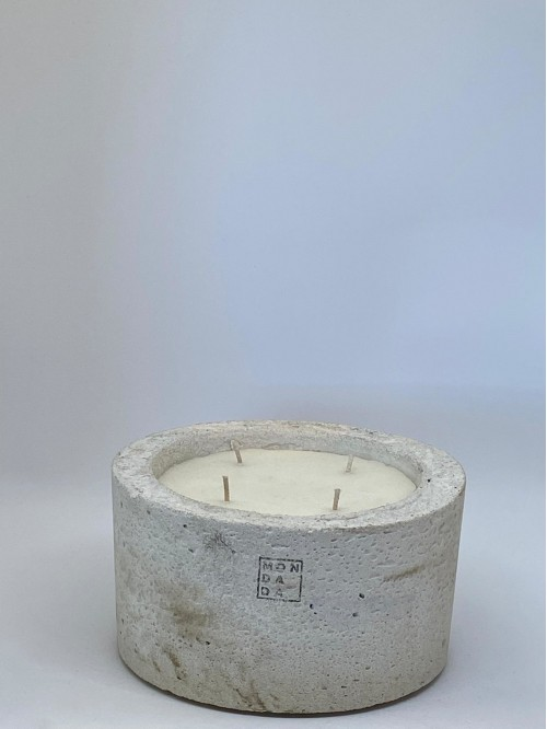 Mon Dada Urban Candle Medium