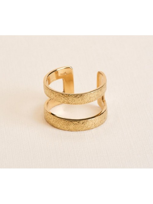 Wouters & Hendrix 18kt Gold hammered statement...