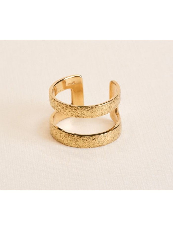 Wouters & Hendrix 18kt Gold hammered statement Ring RGC034